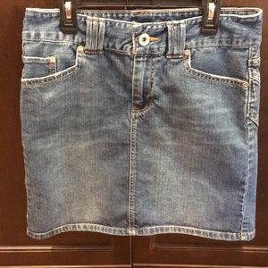American Eagle Denim Skirt - Size 6